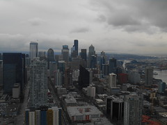 Space Needle view (krhimself) Tags: seattle washington washingtonstate 206 emeraldcity pnw pacificnorthwest spaceneedle seattlecenter skyline view downtown moody