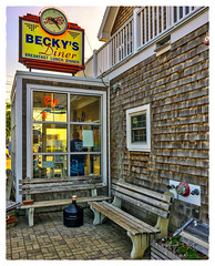 Becky's Diner (Timothy Valentine) Tags: bench vacation monday atethere 2017 restaurant sign 0817 clock m portland maine unitedstates us breakfast