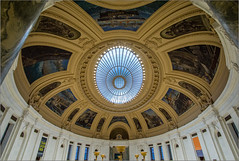DSC07079 (Chris Protopapas) Tags: sony samyang nyc reginaldmarsh cassgilbert architecture rotunda ceiling museum oculus