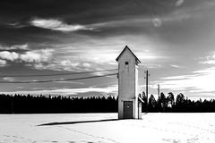 *** POWER DIVERSION *** (*** Joe Wild ***) Tags: landschaft landscape building haus strom stromeitung power diversion black white schwarz weiss sky cloud wolke kabel ice snow footprint