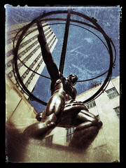 Atlas Slid (gimmeocean) Tags: sliderssunday hss atlas rockefellercenter 630fifthavenue leelawrie renechambellan artdeco icon greekmythology iphoneography iphonenography snapseed frame texture vertical vert blue art city design statue sculpture