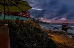 Praia Grande - Arraial do Cabo - Rio de Janeiro (mariohowat) Tags: praiagrande arraialdocabo praiasdoriodejaneiro sunset pôrdosol crepúsculo natureza riodejaneiro brasil brazil canon6d