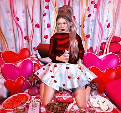 {Blog 285} Happy V-Day (veronica gearz) Tags: avatar avi avatars blogger blogging blog blogs bloggers bento secondlife second sl maitreya mesh 2ndlife life lelutka larahurley ersch runaw cae ariskea purpleposes chezmoi foxcity dustbunny bunbun pillows halfdeer valentine valentines