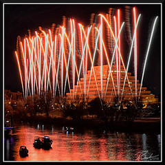 Fireworks_9032 (bjarne.winkler) Tags: 2017 new year firework over sacramento river with ziggurat building background
