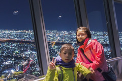 BM7Q6442.jpg (Idiot frog) Tags: nightview night asia cute kid cityview city beauty lady boy light girl child birdsview tower woman lookdown beautiful pretty height japan tokyo skytree