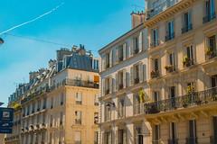 Rue des Abbesses (libero_monterisi) Tags: rue des abbesses parigi paris france francia arrodisement architecture architettura palace palazzi balcony balconi summer sky cielo blue nikon d3200 montmatre sacré 180550mm