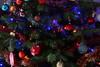 Christmas spirit (Quentin U) Tags: noel sapin boules hiver joyeux