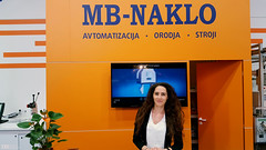 Hostesa MB-NAKLO d.o.o. na sejmu IFAM. www.agencija22.si www.mb-naklo.si