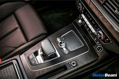 2018-Audi-Q5-1