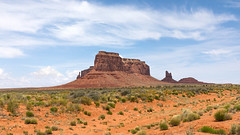 Eagle Mesa and Sitting Hen (Robert Wash) Tags: utah ut monumentvalley monumentvalleynavajotribalpark eaglemesa sittinghen