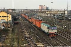 E652.021 (Davuz95) Tags: trenitalia cargo e653 e652 genova vicenza linea messina cremona tigre