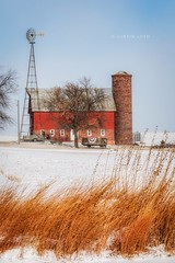 Red White and Blue (Justin Loyd Photography) Tags: red photography flickr golden americana scenic 70200f28 eos canon5dmarkiv windmill wagon snow january cold rural farm iowa midwest grass winter barn