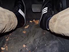 orthopädische Schuhe - orthopedic shoes Sportschuhe - sportsshoes (herby_02) Tags: schuhe shoes shoe schuh orthopädisch orthopedic orthopädische orthopädischemasschuhe gehbehinderung gehbehindert füse fus foot feet handicap masschuh masschuhe disability disabled adidas behinderung behindert