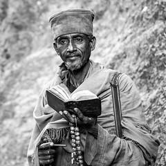 Say a prayer for mankind (Frank Busch) Tags: frankbusch frankbuschphotography bw bible blackandwhite ethiopia laibela monochrome pilgrims portrait praying travel wwwfrankbuschname