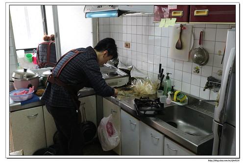 【體驗|清潔服務】清潔人‧居家清潔服務-廚房陽台版 (臺北新北台中x無最低時間限制x以分計費)