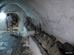 Temple of Lalish (Lalis) (22).JPG (tobeytravels) Tags: kurdistan iraq lalish yazidi temple oliveoiljars shekhanvalley mesopotamia sumerian ezidkhan ezidi