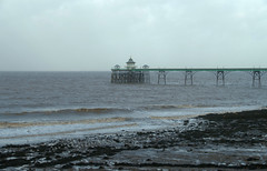 IMGP9010 (mattbuck4950) Tags: england unitedkingdom europe water somerset northsomerset riversevern clevedon beaches piers rivers lenssigma18250mm january waves clevedonpier camerapentaxk50 2018 gbr