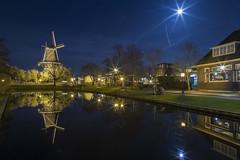 Leiden (Francesco_F_photo) Tags: leiden lunapiena mulino città city notte lungaesposizione denhaag thehague olanda architettura skyline allaperto acqua edificio vista sullacqua crepuscolo ferrovia strada cielo