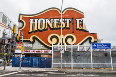 Honest Ed's demolition continues - Feb 3 2018 (jer1961) Tags: toronto honesteds demolition sign honestedssign honestedsdemolition bloorstreet annex theannex