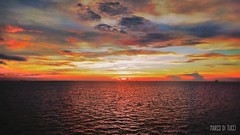 Tramonto Bintulu (Venom Marco) Tags: sun bintulu sunset sunshine sky clouds redsky red sea natura