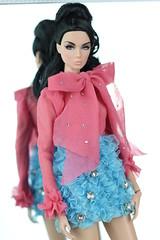 Nu Face Lilith Hard Metal (Regina&Galiana) Tags: fashionroyalty integritytoys doll nuface rayna giselle lilith