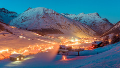 20171215-livigno-0086 (xskyven) Tags: alpy livigno krajina zima alps mountain winter snow valley glow italy italie colors blue orange slope freeze sky