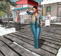 # Mili # 4107 (Mili Miklos (Inventory Mess Blog/Mili Mix)) Tags: gingerfishposes 4mesh empire hellodave cae fameshed catwa izzies doux mandala maitreya hillyhaalan itgirls