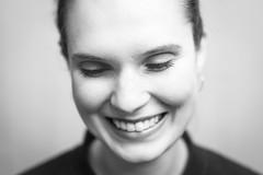 P (Zesk MF) Tags: portrait girl woman 14 nikon sigmaart flash studio close smile lachen teeth wimpern bw black white mono