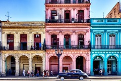 Streetlife || Havana || Cuba (ton1.werner) Tags: capturemoments streetphotography oldtimer sunnyday vacation travel colorful streetlife cuba havana