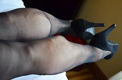 DSC_0021jj (ARDENT PHOTOGRAPHER) Tags: muscular calves flexing muscle legs muscularwoman