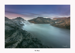 Seascape... (Canconio59) Tags: largaexposición longexposure costa coast mar sea cielo sky nubes clouds galicia spain españa meiras