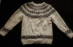 Icelandic wool sweater (Mytwist) Tags: jli anki hylte design ankis lopi ullarpeysa peysa ullar wool icelndic iceland sweater jumper love passion style warm winter wolle fashion fuzzy grobstrick handgestrickt neck modern mytwist laine lopapeysa lopapeysur lovely pulli pullover plötulopi timeless traditional yoke