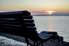 Espera. (JulioSabinaGolf) Tags: cielo mar costa marmenor agua comunidadespañola mediterraneo relax nikon nikkor 35mm d3300