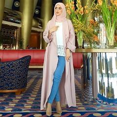 Repost @samar_tm with @instatoolsapp ・・・ . . لكل من سألني عن تفاصيل اللبس . For those who were asking about my outfit details. . Abbaya : @effafashion Necklace: @chanelofficial Top: @shein_ar Jeans: @iconicstoreme Shoes: @louboutinworld . Photo taken by (subhanabayas) Tags: ifttt instagram subhanabayas fashionblog lifestyleblog beautyblog dubaiblogger blogger fashion shoot fashiondesigner mydubai dubaifashion dubaidesigner dresses capes uae dubai abudhabi sharjah ksa kuwait bahrain oman instafashion dxb abaya abayas abayablogger