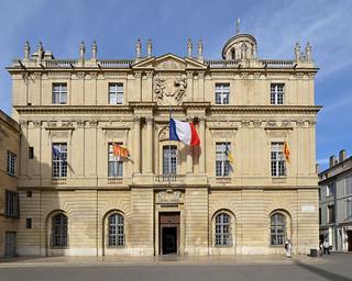 Arles (Bouches-du-Rhône) - Place de la République - Hôtel de ville (1676) (explore 13-02-18)