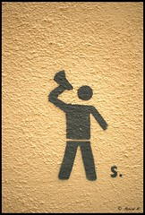 DSC_0537 (Pascal Rey Photographies) Tags: streetart inthestreets streetphotography strasse via calle rues tags graffitis graffs graffik graffiti pochoirs papiercollé lyon lugdunum xrousse croixrousse anarchy rebellyon dada dadaisme surrealiste slogans pascalreyphotographies pascalrey photographiecontemporaine photos photographie photography photograffik photographieurbaine photographienumérique photographiedigitale fresquesmurales fresquesurbaines peinturesmurales peinturesurbaines walls walldrawings wallpaintings murs muros murales mu