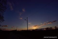Götterdämmerung (grafenhans) Tags: sony alpha 68 alpha68 a68 sigma 4056 ultraweitwinkel uww sonnenuntergang abendhimmel abendsonne himmel winter wolken farben color natur landschaft landscape grafenwald bottrop nrw