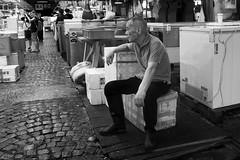 Tsukiji worker (murtica27) Tags: street market markt fish fisch fischmarkt japan nippon tokio tokyo tsukiji asia east outdoor indoor sony alpha potrtrait portät portrait gesicht face old man blue worker people public mensch mann arbeiter resting strase shinichi murtica
