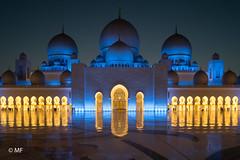 Mille et une nuits (MF[FR]) Tags: abou dhabi abu emirates eau uae samsung nx1 night nuit mosquée mosque sheikh zayed cheikh féerie lumière light architecture