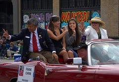 Parade (Scott 97006) Tags: cadillac wave parade ride ladies pretty president