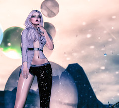 A Sky Full Of Stars (Chickadee Tremor) Tags: amala atomic epiphany foxcity izzies limit8 luna theseasonsstory truth violetility wednesday avatar sl secondlife