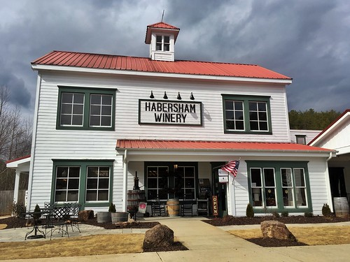 HABERSHAM WINERY HQ | Tastings & Wine Shop | Just South of Helen, Georgia