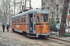 1993-03, Milano, Via Valtellina (Fototak) Tags: tram strassenbahn atm milano italy 124