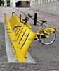 Maillot Jaune (Giloustrat) Tags: finlande helsinki pentax jaune ville k3 bicyclette v townbike