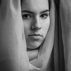 Amber (4) (Hans Dethmers) Tags: girl youngwoman portrait monochrome veil