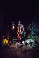 Haunted Mansion - Disneyland (GMLSKIS) Tags: disney anaheim disneyland california hauntedmansion