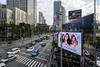Bangkok, Thailand (stefan_fotos) Tags: asien bangkok humor qf reisethemen schilder strassenverkehr sujets thailand themen urlaub asia