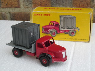 Vintage Boxed French Dinky Toys Plateau Berliet Avec Container Flatbed Truck 1950's