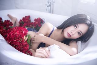 [Bathtub] 鍾宥甯 (球球)