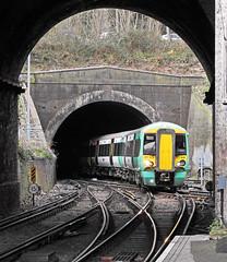 Through the tunnels (delticfan) Tags: crystalpalace 377 377616